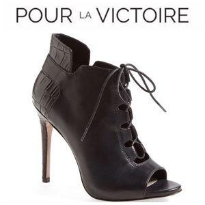 Pour La Victoire Vionne Black Leather Ankle Boot